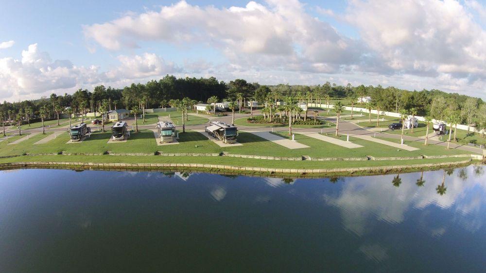Lake Osprey RV Country Club5