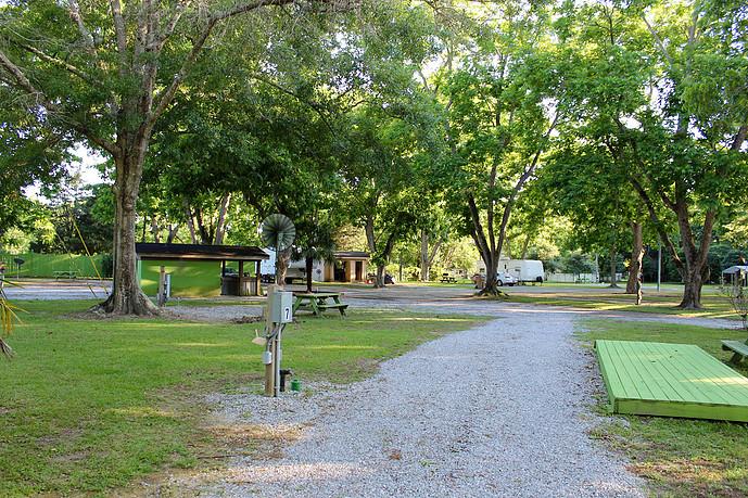 Pecan Grove RV Park3